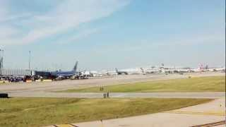 Time Lapse Video Leaving Chicago O'Hare Airport using iLapse iPad app