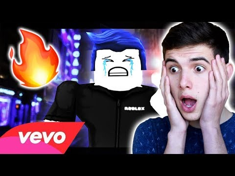 REACTING to ROBLOX MUSIC VIDEOS: THE MOVIE 2