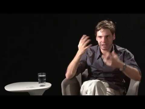 Daniel Brühl: Gespräch mit Daniel Brühl über seine Arbeit als Schauspieler