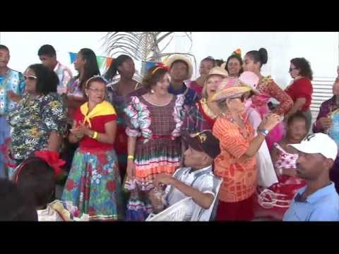 Festa de São João da AMO anima assistidos