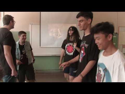 """""""Primer dia de classe"""" curt de Desmuntamites 2017"""