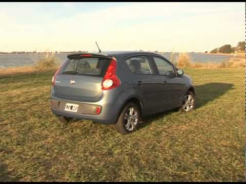 Fiat Palio 1.4 Attractive - Test - Matías Antico