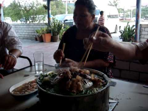 Amazing Thailand, Traditional Thai BBQ.MPG MOV02628