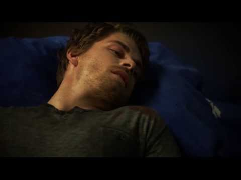 "The Tomorrow People: John ""Dies"" (1x12)"