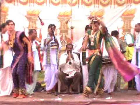 Video shahir budha vs shahir moreshwar khadi gammat tamasha भाग २ download in MP3, 3GP, MP4, WEBM, AVI, FLV January 2017