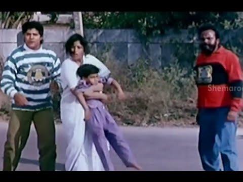 Video Bhale Bullodu Movie Scenes - Jayasudha rescues Chinna - Jagapathi Babu, Soundarya download in MP3, 3GP, MP4, WEBM, AVI, FLV January 2017