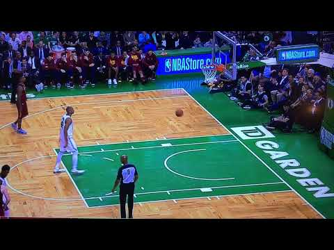 JR Smith gets away with flagrant 2