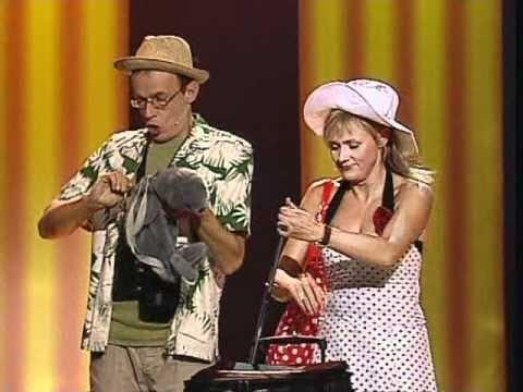 Kabaret pod Wyrwigroszem – Tanie Linie