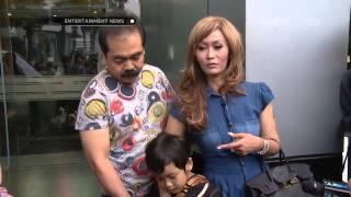 Video Inul mengajak anaknya ke tempat kerja MP3, 3GP, MP4, WEBM, AVI, FLV Maret 2019