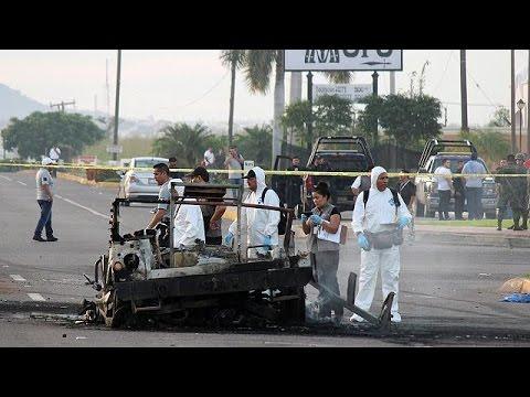 Μεξικό: Ενέδρα σε στρατιωτικό κονβόι από μέλη καρτέλ