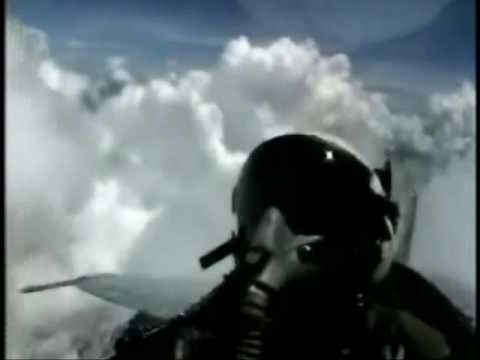 Short put-together of some helicopterclips.