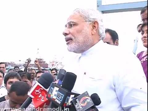 Narendra Modi opens a cable-stayed bridge in Bhavnagar