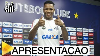 Matheus Jesus foi apresentado oficialmente como jogador do Santos FC! Confira a primeira coletiva do volante de 20 anos que é o mais novo reforço Peixe! Inscreva-se na Santos TV e fique por dentro de todas as novidades do Santos e de seus ídolos! http://bit.ly/146NHFUConheça o site oficial do Santos FC: www.santosfc.com.brCurta nossa página no facebook: http://on.fb.me/hmRWEqSiga-nos no Instagram: http://bit.ly/1Gm9RCSSiga-nos no twitter: http://bit.ly/YC1k82Siga-nos no Google+: http://bit.ly/WxnwF8Veja nossas fotos no flickr: http://bit.ly/cnD21USobre a Santos TV: A Santos TV é o canal oficial do Santos Futebol Clube. Esteja com os seus ídolos em todos os momentos. Aqui você pode assistir aos bastidores das partidas, aos gols, transmissões ao vivo, dribles, aprender sobre o funcionamento do clube, assistir a vídeos exclusivos, relembrar momentos históricos da história com Pelé, Pepe, e grandes nomes que só o Santos poderia ter.Inscreva-se agora e não perca mais nenhum vídeo! www.youtube.com/santostvoficial-------------------------------------------------------------** Subscribe now and stay connected to Santos FC and your idols everyday!http://bit.ly/146NHFUVisit Santos FC official website: www.santosfc.com.brLike us on facebook: http://on.fb.me/hmRWEqFollow us on Instagram: http://bit.ly/1Gm9RCSFollow us on twitter: http://bit.ly/YC1k82Follow us on Google+: http://bit.ly/WxnwF8See our photos on flickr: http://bit.ly/cnD21UAbout Santos TV: Santos TV is the official Santos FC channel. Here you can be with your idols all the time. Watch behind the scenes, goals, live broadcasts, hability skills, learn how the club works, exclusive videos, remember historical moments with Pelé, Pepe and all of the awesome players that just Santos FC could have. Subscribe now and never miss a video again! www.youtube.com/santostvoficial