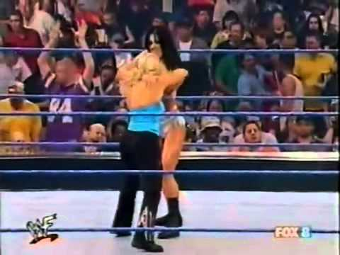 Chyna vs Molly Holly & Ivory