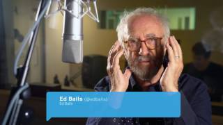 Game of Throne's High Sparrow Reads Celebrity Tweets and Yes, It's as Incredible as You Think It Will Be