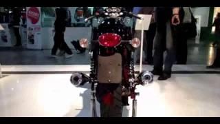 3. 2014 Moto Guzzi V7 Racer Walkaround