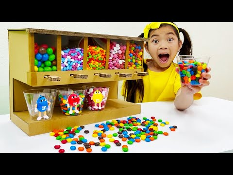 Emma Pretend Play with Candy and Sweets Dispenser Machine Toy   Funny Stories for Children