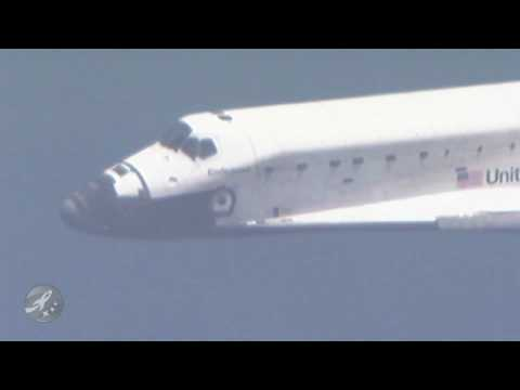 STS127 - High definition coverage of the landing of OV-105 or Space Shuttle Endeavour at the Kennedy Space Center in Florida. Landing date was 07/31/2009.