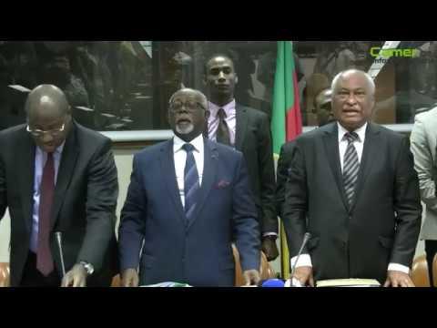 S.E. Monsieur Daniel EVINA ABE'E présente les excuses à la délégation conduite par Laurent Esso