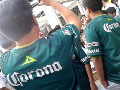 LOS*LOKOS*DE*ARRIBA**LEON MURGA LEON VS america - Los Lokos de Arriba - León