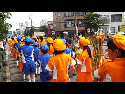 東小松川小学校鼓笛隊