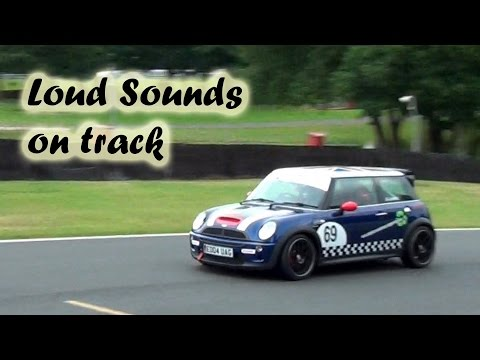 Loud Supercharger Sounds – 2x Modified Mini Cooper S on Track