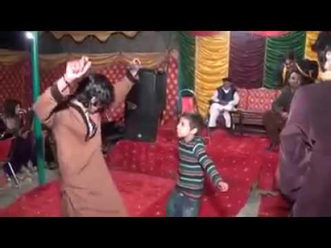 Video Ladke ka mast dance download in MP3, 3GP, MP4, WEBM, AVI, FLV January 2017