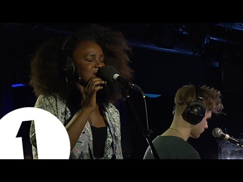 Watch Nao and Mura Masa cover Frank Ocean's 'Thinkin Bout You' for Radio 1