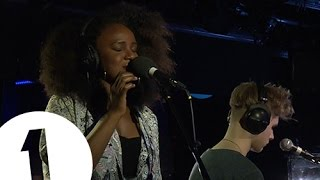 Mura Masa feat. Nao - Thinkin Bout You (by Frank Ocean) - Radio 1's Piano Session - YouTube