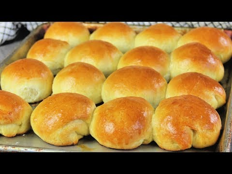 HOW TO MAKE YEAST ROLLS | Dinner Rolls