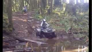 4. '05 Arctic Cat 400 4x4 VS. '03 Honda Rubicon 400 4x4
