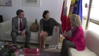 Reunión de la vicepresidenta con la alcaldesa de Santander