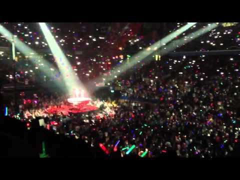 Clip of & Ed Sheeran Rupp Arena