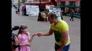 LITTLE GIRL VS BEATBOX CHAMPION