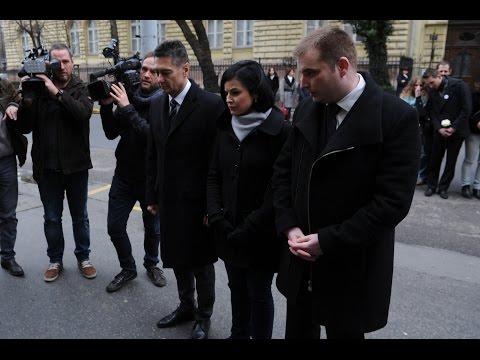 Ellenzéki megemlékezés az orosz nagykövetségnél