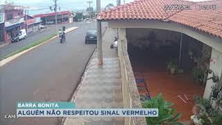 Passageiro arremessado de moto após ser atingido por carro em Barra Bonita