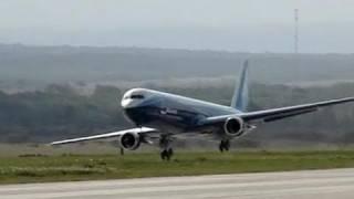Video Giant Boeing 767 - RC Jet Turbine Power - Full Flight MP3, 3GP, MP4, WEBM, AVI, FLV Juni 2018