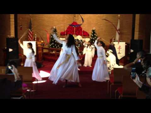 alabanzas y danza - Especial de Navidad de la Sociedad de Niños de la Iglesia EL ARCA de Columbus Ohio el 12/25/11.
