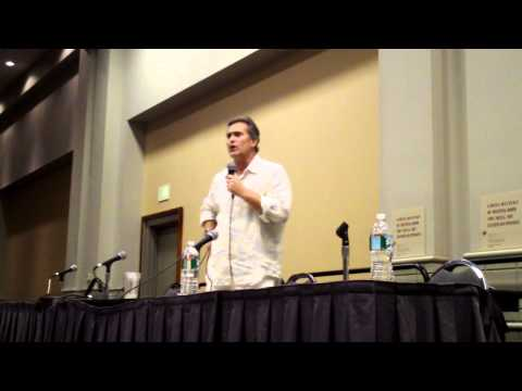Bruce Campbell Q & A at Philadelphia Comic-con 2010