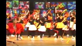 """חנוכה תשמ""""ו- 1985- בבית החינוך המשותף (הסרטון באדיבות ארכיון אשדות יעקב איחוד)(1 סרטונים)"""