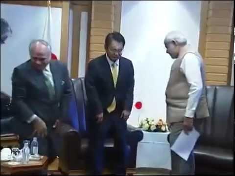 meets - The Governor of Aichi Prefecture, Mr. Hideaki Ohmura calls on the Prime Minister, Shri Narendra Modi, in Tokyo, Japan on September 02, 2014.