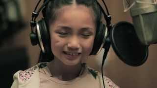 Clip Cô bé 9 tuổi cover bài hát Price Tag cực hay