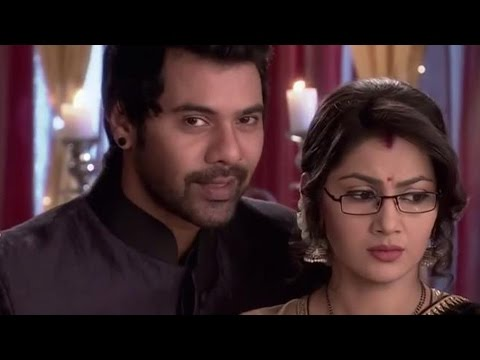 Kumkum Bhagya | Abhi Gets Intimate With Pragya After Leaving Tanu FOREVER