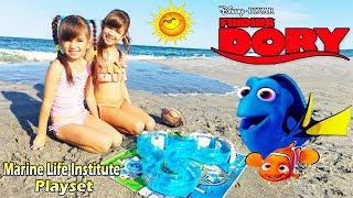 Nonton Disney Pixar FINDING DORY Water Toys Marine Life Institute Playset Swimming Nemo and Dory Beach Fun Film Subtitle Indonesia Streaming Movie Download