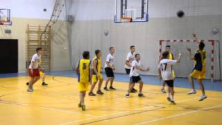Mikołajkowy Turniej Koszykówki w Wojniczu nr.1