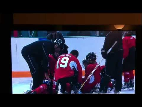 Jonathan Toews knocks out kid at hockey camp       - YouTube
