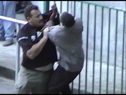 Rugby Fight in Capetown '02.avi