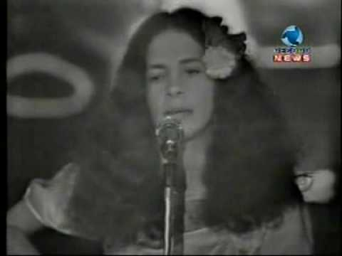 "Gal Costa - ""Trem Das Onze"" - TV Record"
