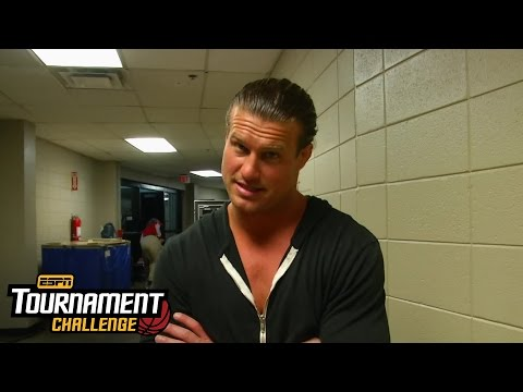 Dolph Ziggler fills out his bracket for March Madness with ESPN's Tournament Challenge