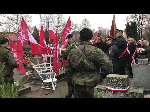 Wideo1: 100 rocznica Powstania Wielkopolskiego - uroczystość na cmentarzu parafialnym w Lesznie